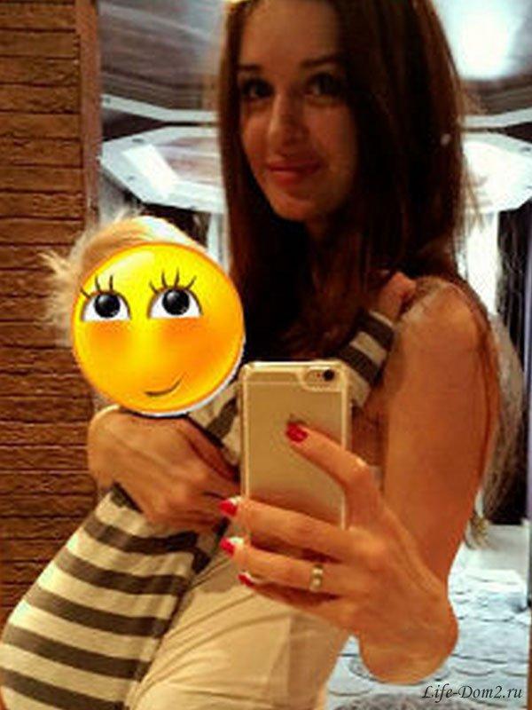 Маргарита Агибалова рассказала, почему не хочет показывать дочь