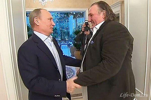 Жерар Депардье продал квартиры в России и вернулся в Европу