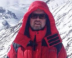 Валдиса Пельша едва не завалило камнями в Гималаях