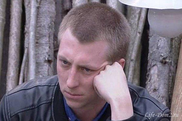 Как Женя Руднев намерен справиться с долгами?