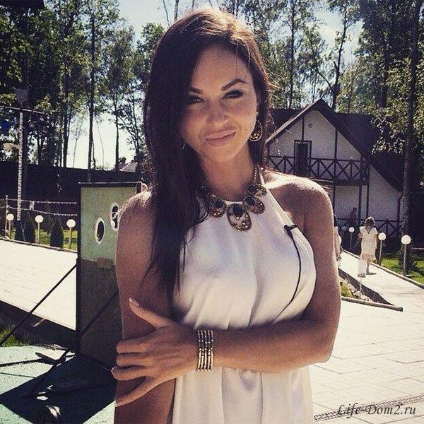 Анастасия Лисова соскучилась по настоящей любви