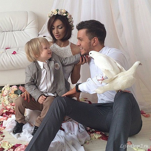 Гусевы отмечают годовщину своей свадьбы