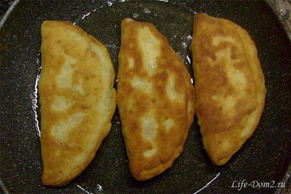Чебуреки с истинно кавказским вкусом
