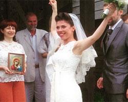Вокалистка «Дискотеки Авария» вышла замуж