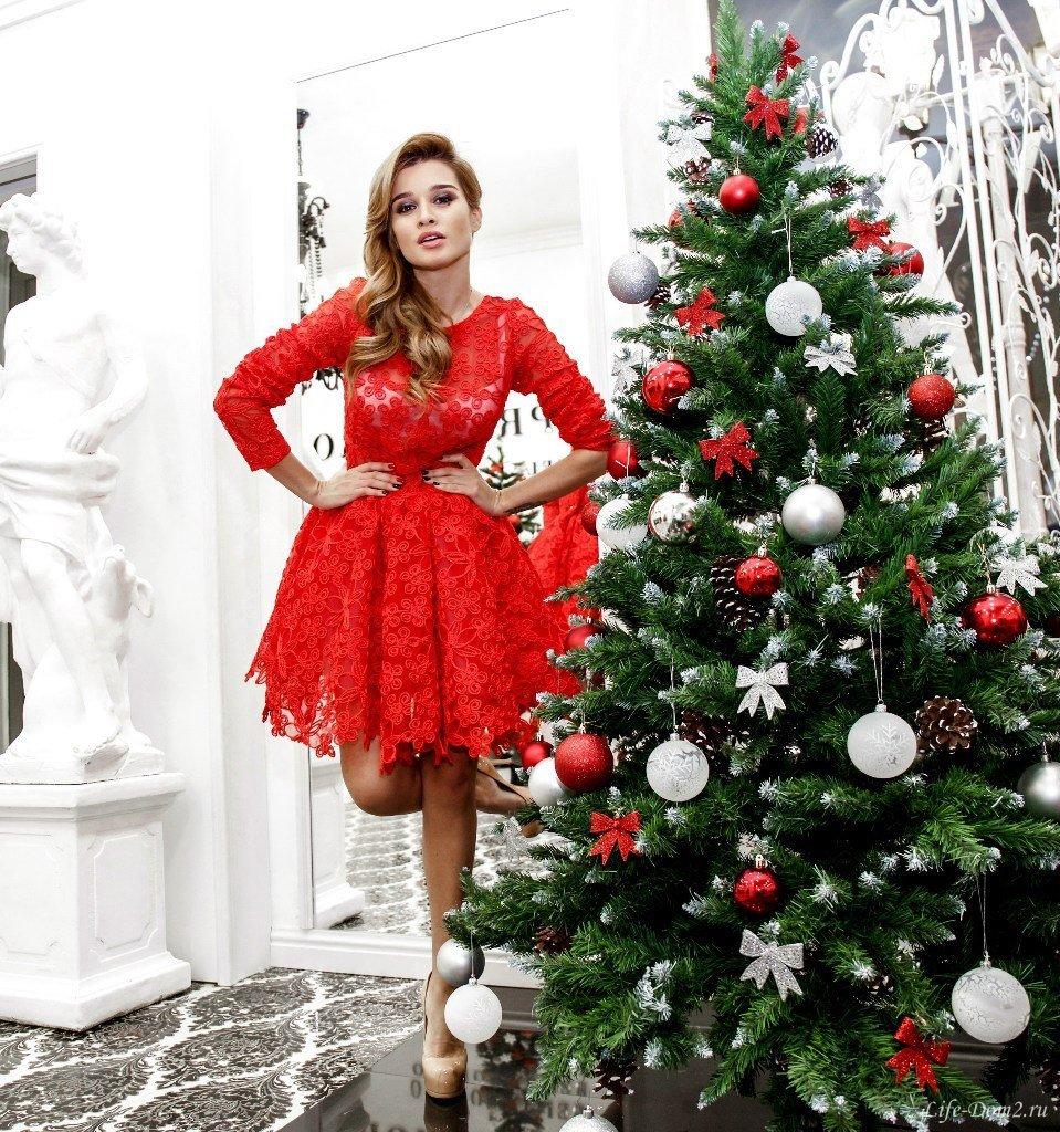 Ксения бородина в красном платье