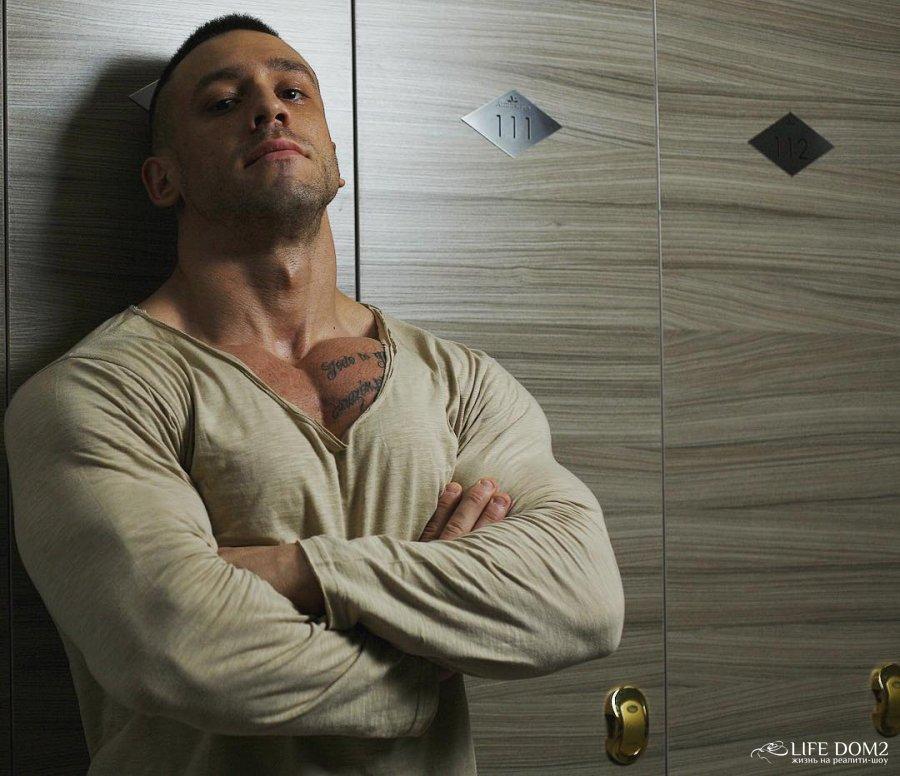 Фотоссесия брутального участника «Дом 2» Сергея Кучерова