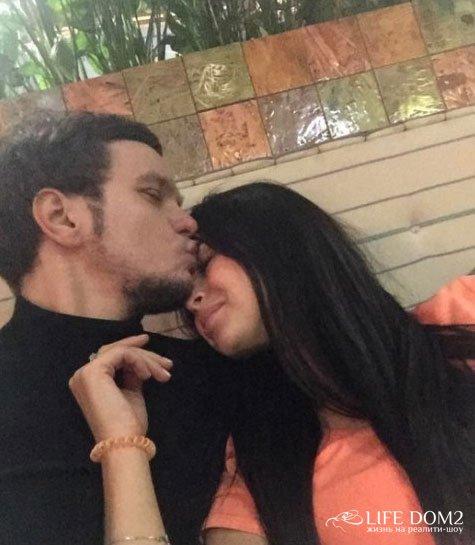 Виктория Романец не собирается возвращаться к Антону Гусеву