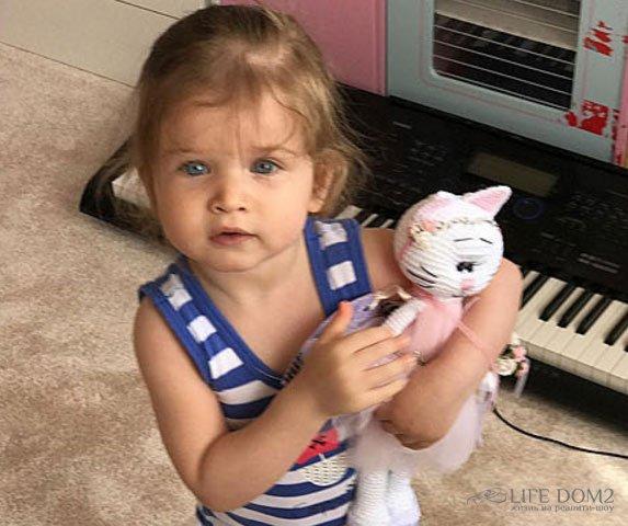 Почему Ксения Бородина так долго не показывала свою младшую дочь