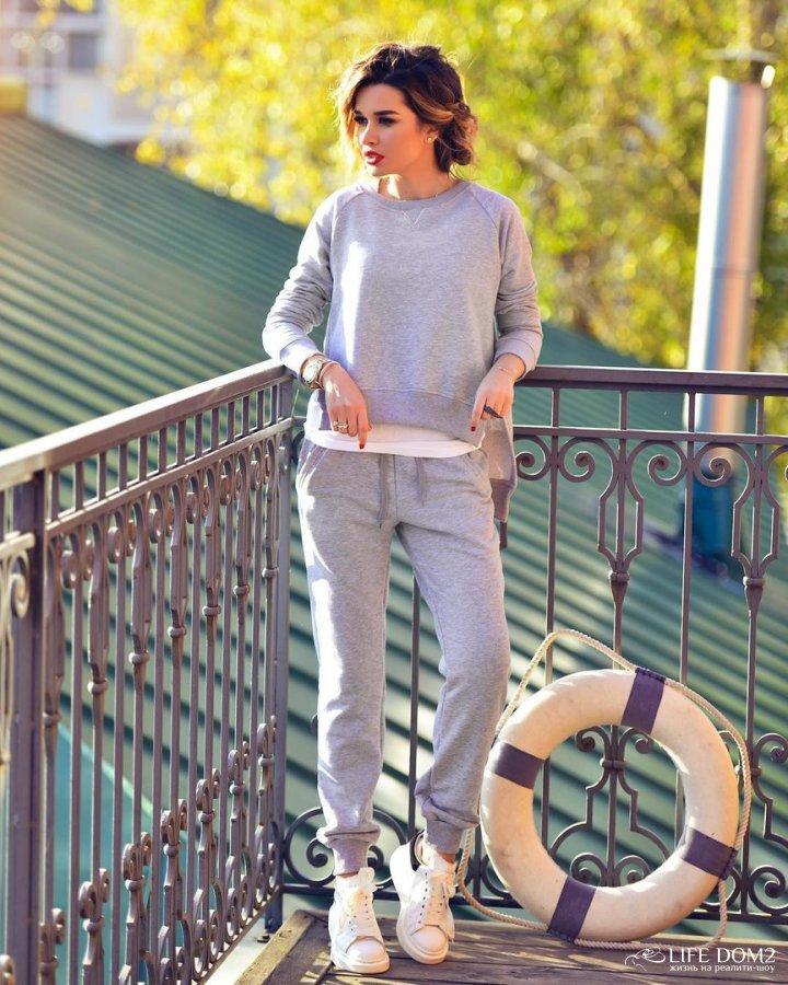 Фотосессия новой коллекции одежды ведущей «Дом 2» Ксении Бородиной 0cb9cb2e2cb