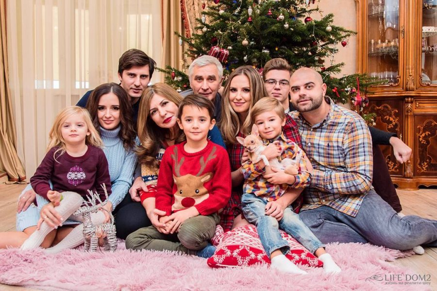 фото семьи участницы дома двс лизы аудит аэрография хоккейных