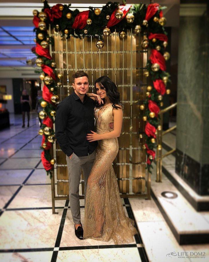 Новогодние каникулы Виктории Романец и Антона Гусева в Праге
