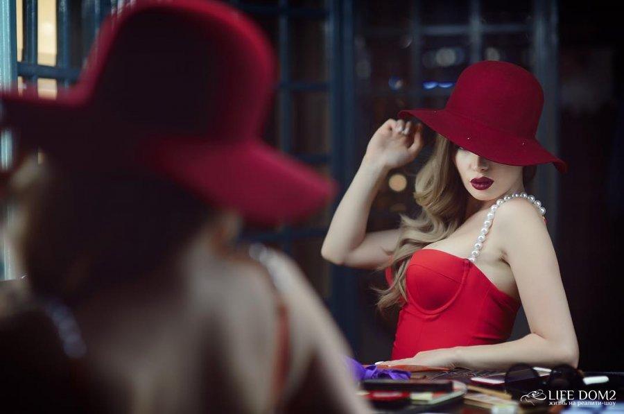 Фотосессия Евгении Феофилактовой в образе Джессики Рэббит