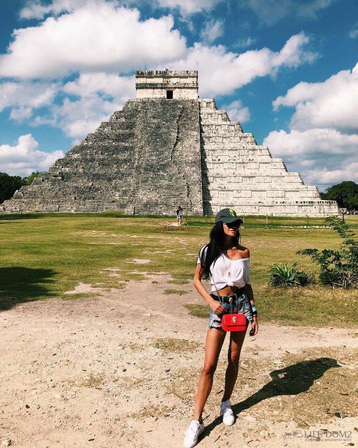 Фотоподборка экс-участницы «Дом 2» Анастасии Ковалёвой с отдыха в Мексике