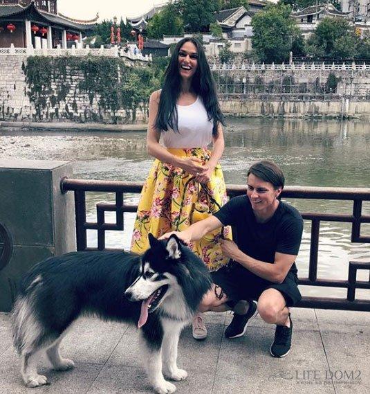 Алена Водонаева родились в год Собаки