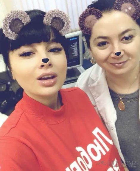 Нелли Ермолаева подружилась со своим доктором