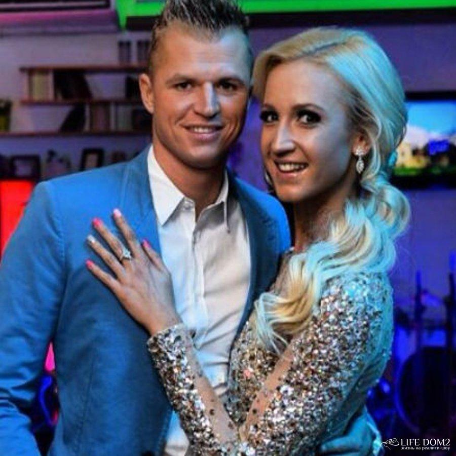 По слухам, Дмитрий Тарасов до сих пор не может забыть свою бывшую жену – Ольгу Бузову