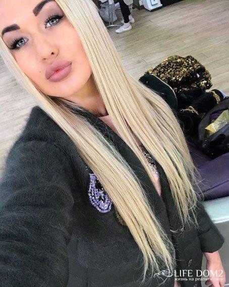 Марина Джураева призналась, что общается с Ильей Яббаровым