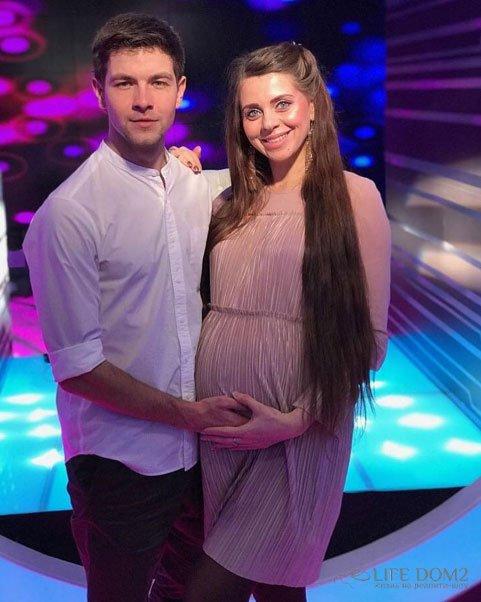Дима Дмитренко надеется, что его жена и мама помирятся