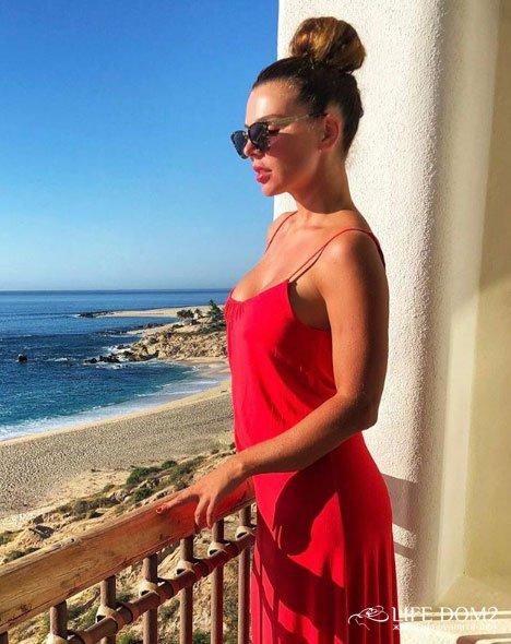 Седоковой не разрешили погулять по пляжу, где снимался Ди Каприо