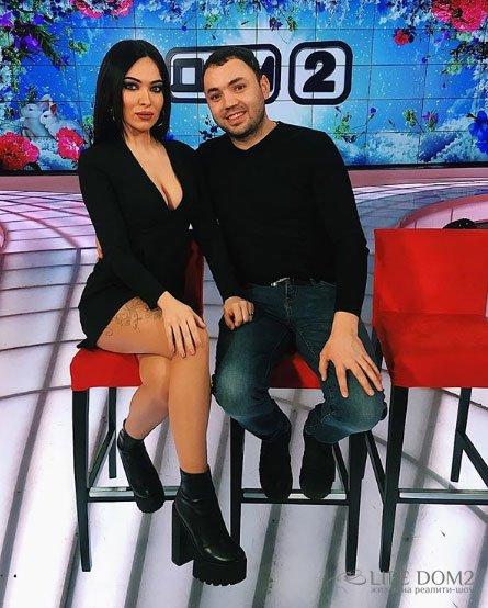 Саша Гобозов познакомил Катю Зиновьеву со своей мамой