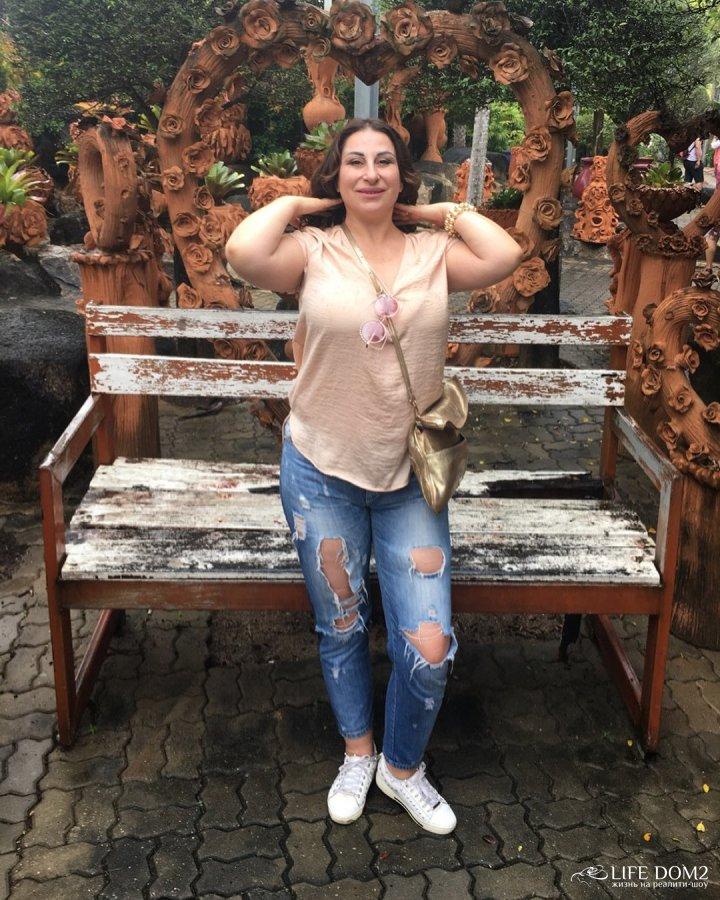 Фотоподборка Марины Тристановны со своим возлюбленным с отдыха в Таиланде