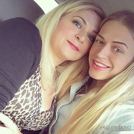 Анастасия Балинская безумно любит свою маму