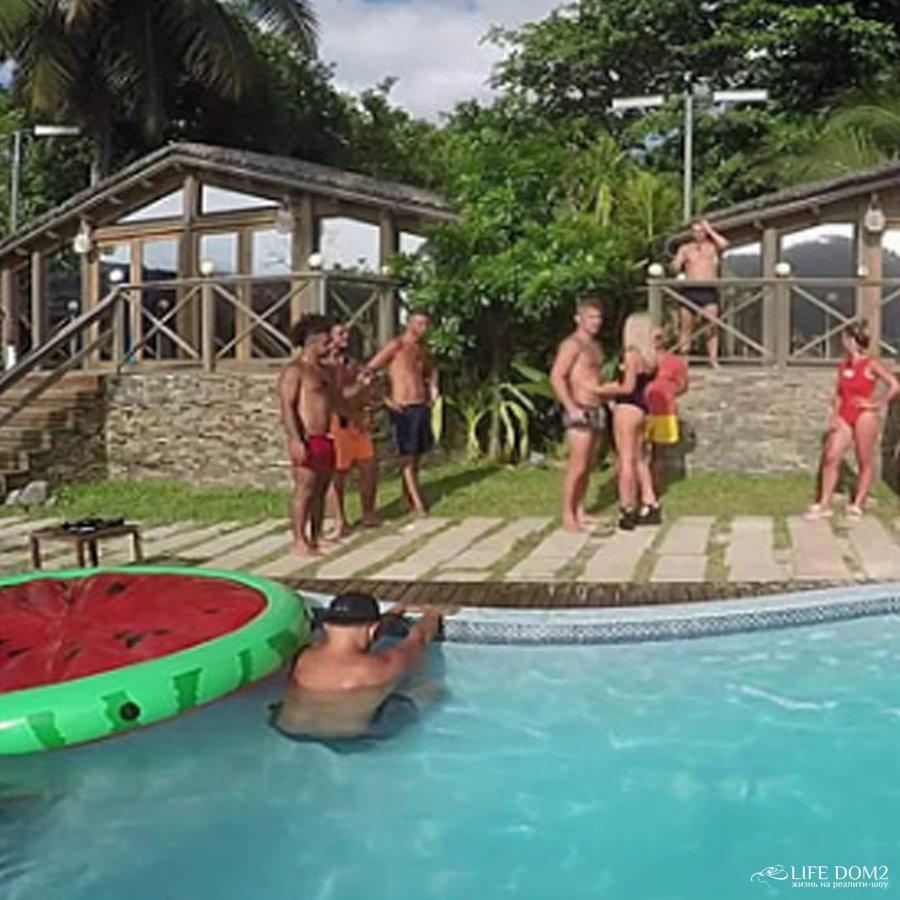 Зрители нашли причину, почему для домовцев поездка на Сейшелы - мучения