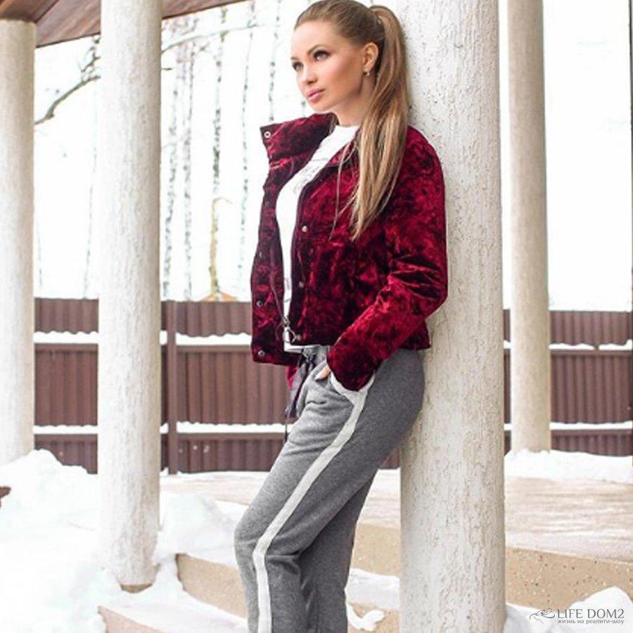 Евгения Феофилактова расстроена из-за того, что никто не зовет ее замуж