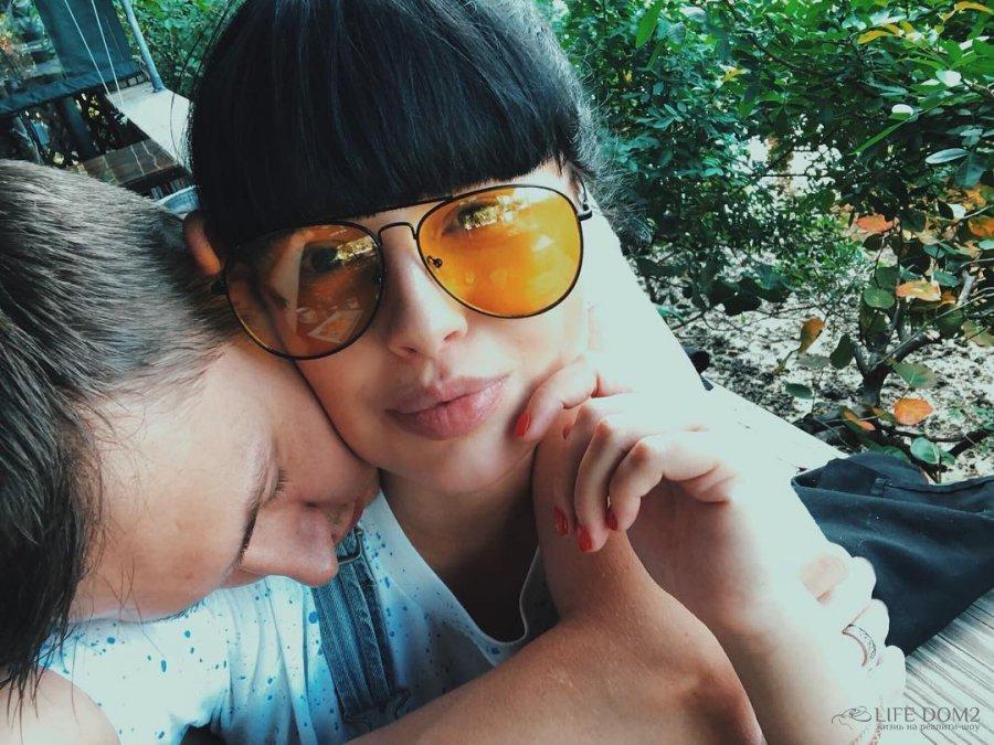 Нелли Ермолаева является сторонником идеи «партнерских родов»