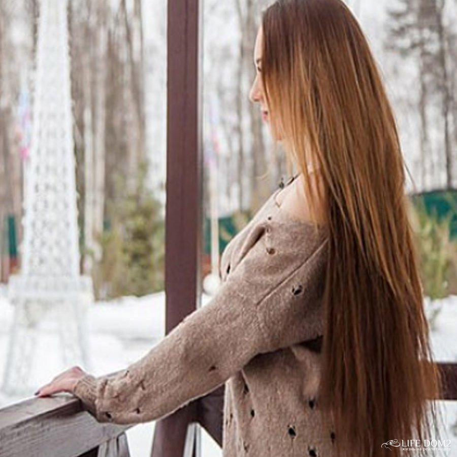 Поклонники телепроекта «Дом 2» не оценили изменения во внешности Алены Савкиной