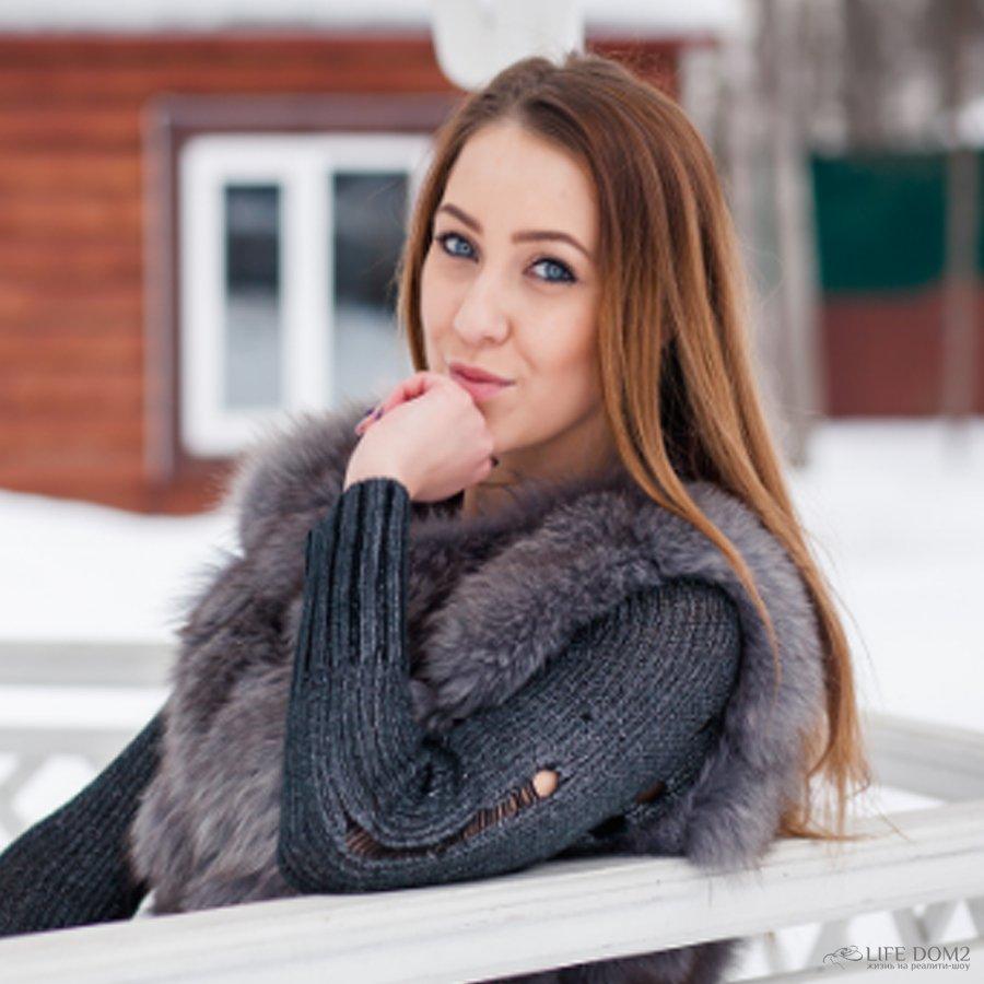 Алена Савкина нашла способ, как превзойти по популярности свою сестру – Ольга Рапунцель