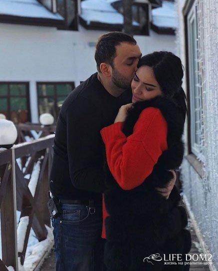 Между Сашей Гобозовым и Катей Зиновьевой произошла перепалка