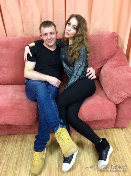 Илья Яббаров хочет поскорее познакомить свою маму с Аленой Савкиной