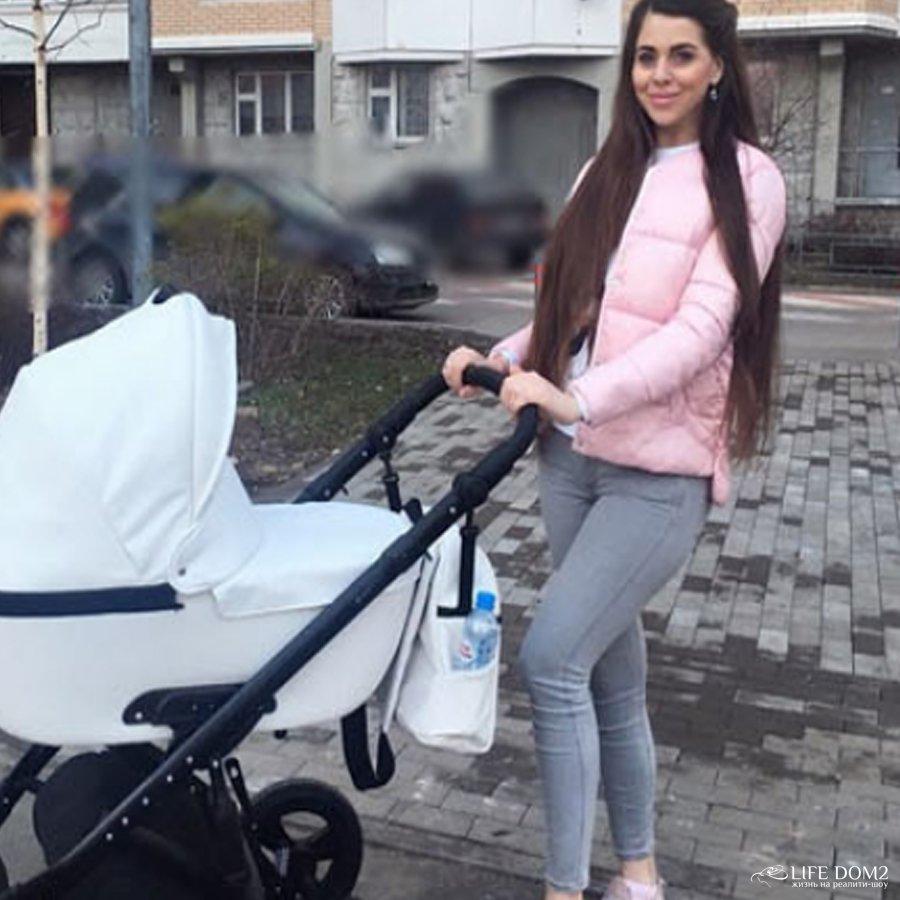 Ольга Рапунцель и Дмитрий Дмитренко вышли на первую совместную прогулку