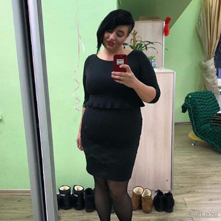 Александра Черно испытывает проблемы с подбором обуви из-за большого размера ноги