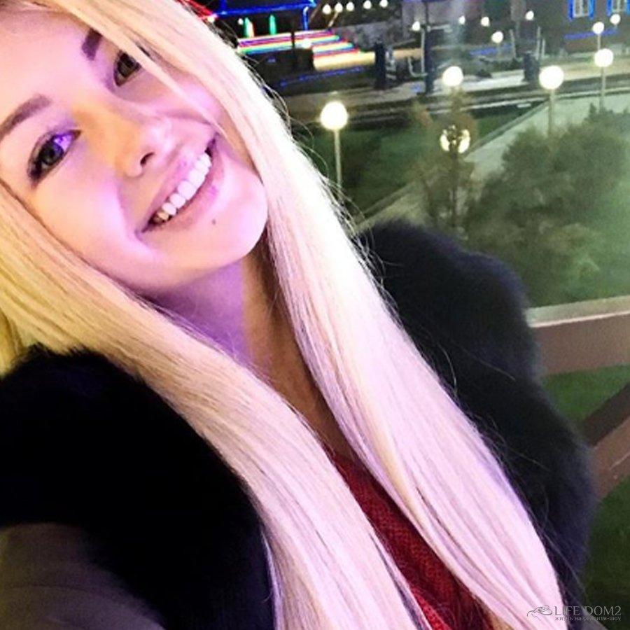 Участница реалити-шоу «Дом 2» Рита Овсянникова готова принят участие в проекте «Танцы»