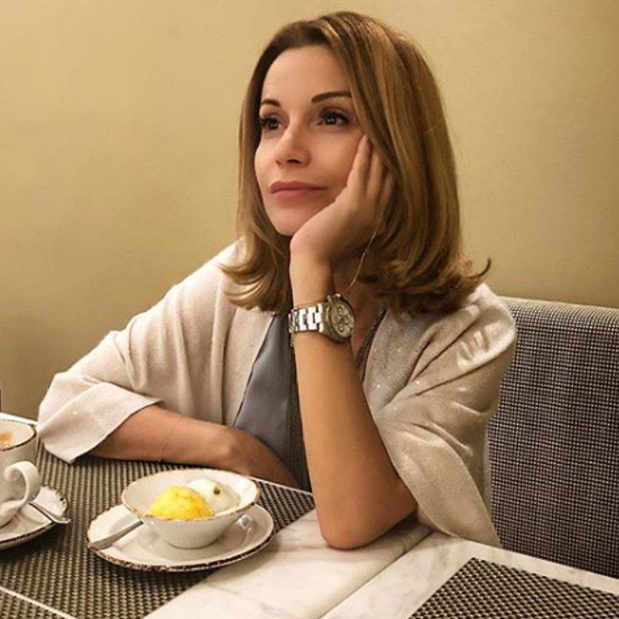 Ольга Орлова появилась на съемках шоу без нижнего белья