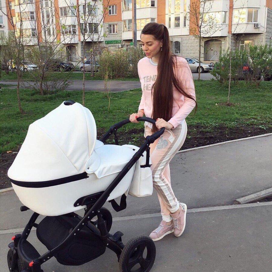 Ольга Рапунцель очень трепетно относится к своей дочке