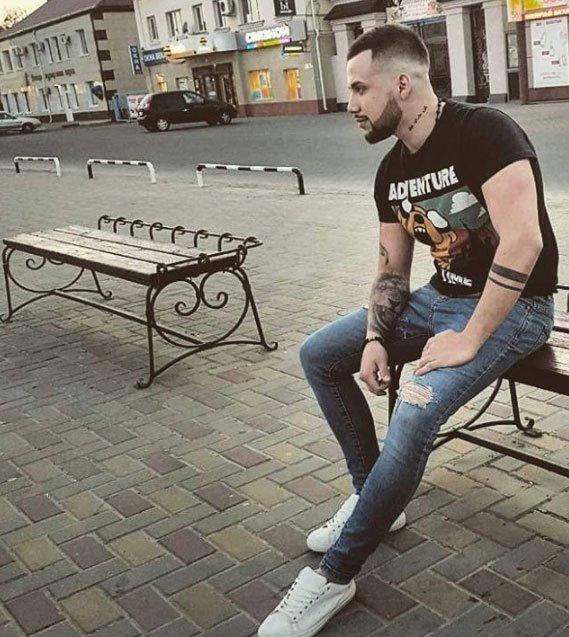 Дмитрия Талыбова с новой прической забросали комплиментами