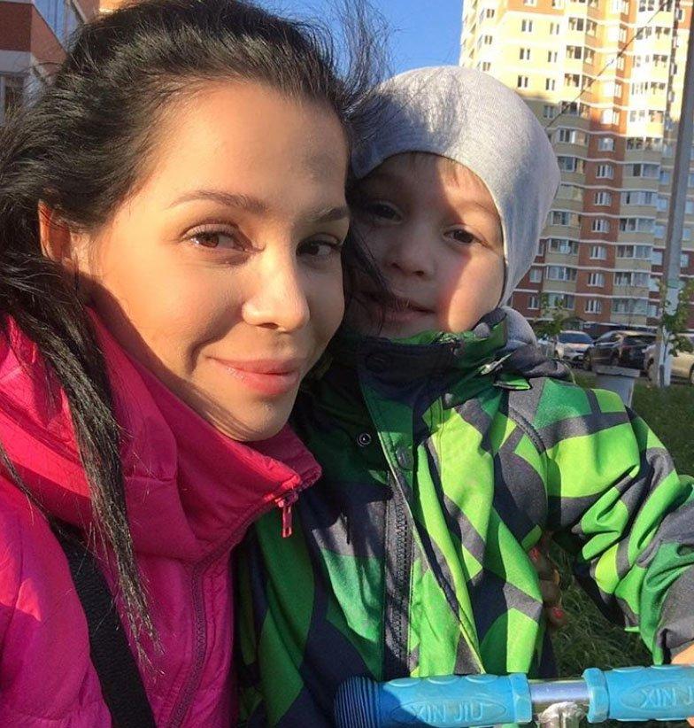 Юля Салибекова выложила мимишное видео с младшим сыном