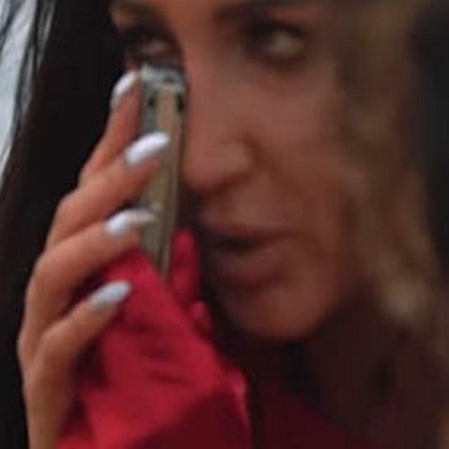 Во время съемок своего нового клипа Ольга Бузова заработала фингал