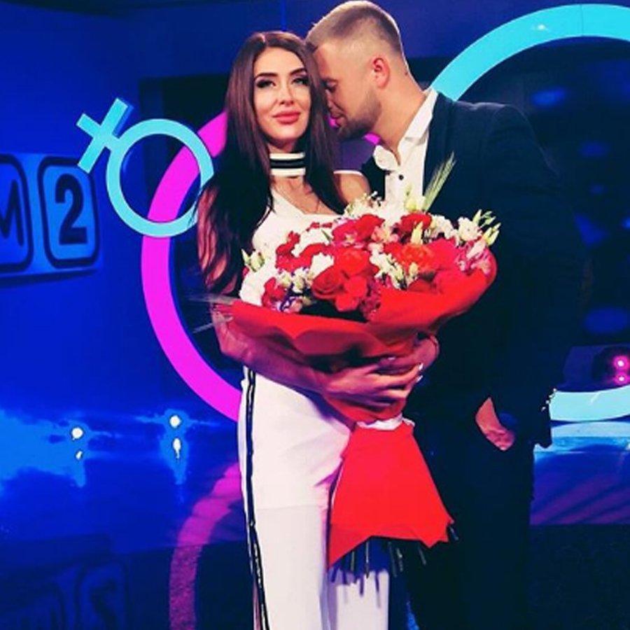 Виктор Литвинов и Татьяна Мусульбес уточнили дату своей свадьбы