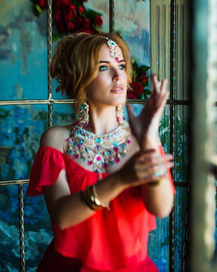 Безумно красивая фотосессия экс-участницы «Дом 2» Оксаны Ряска