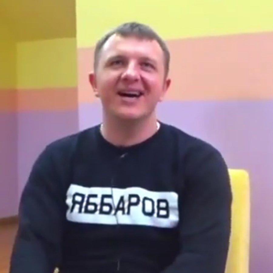 Илья Яббаров позволил себе плевок в сторону девушки во время съемок телепроекта «Дом 2»