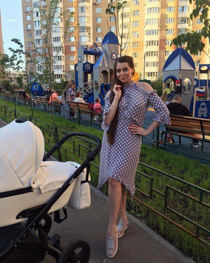 Ольга Рапунцель опровергла слухи, которые о ее семье распускают хейтеры