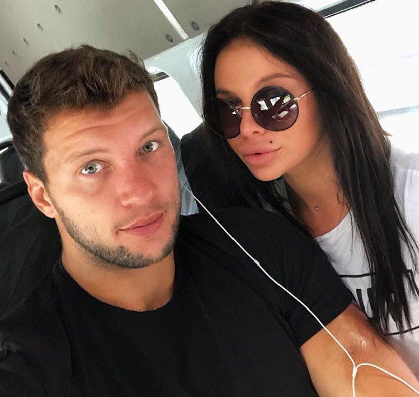Саша Шева и Виктор Шароваров устроили летний конкурс