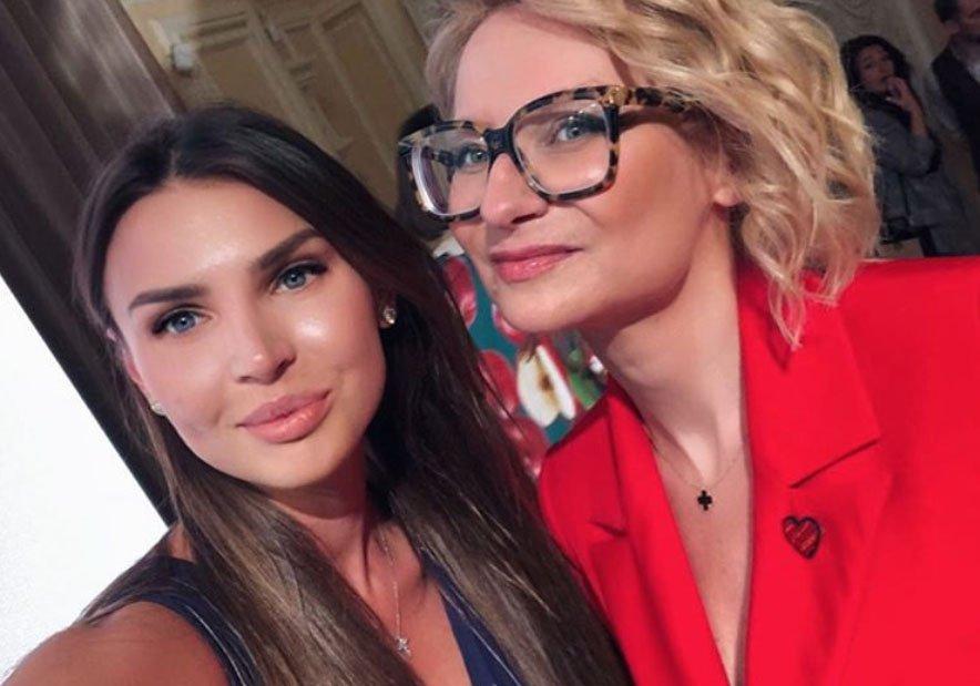 Элла Суханова похвасталась сюрпризом от «продвинутого папы»