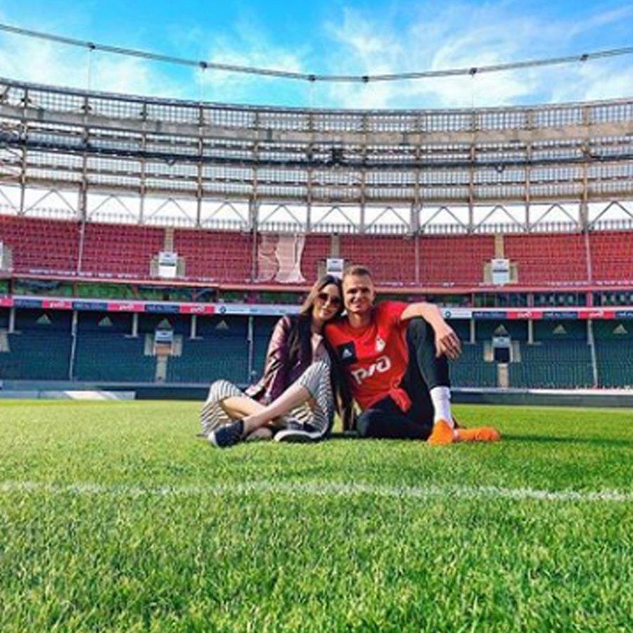 Проблемы в отношениях Дмитрия Тарасова  и Анастасии Костенко продолжают усиливаться