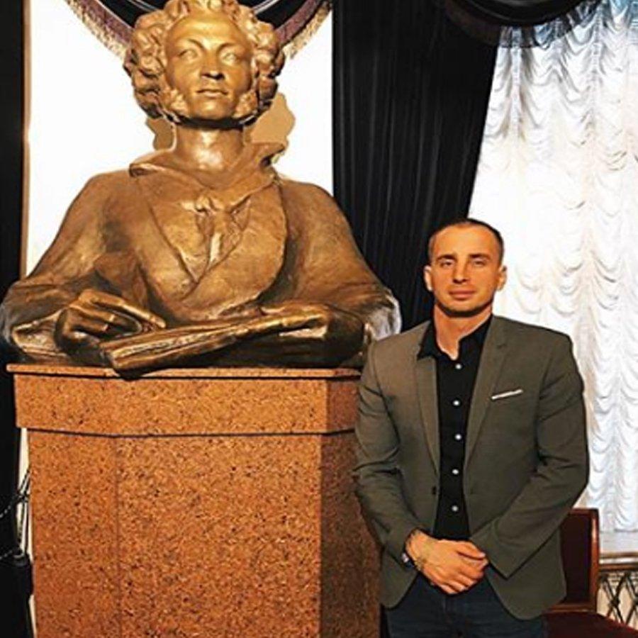 Константин Иванов позволил себе нелицеприятные высказывания в адрес Алены Савкиной