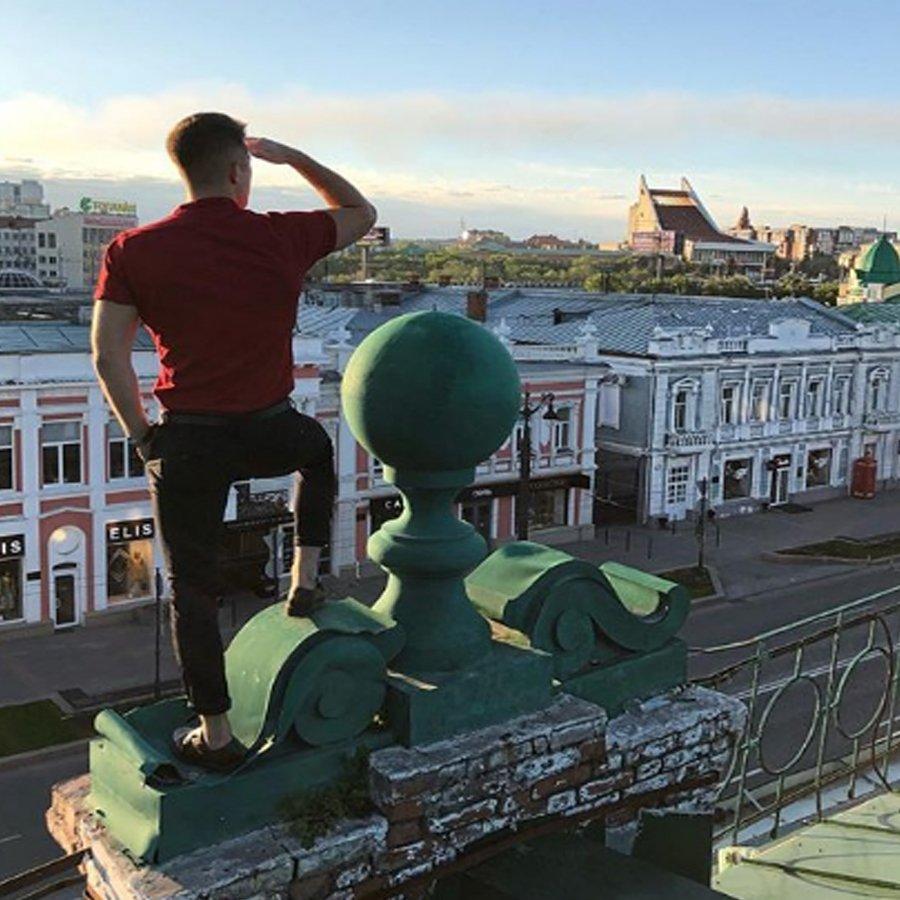 Роман Гриценко «наплевал» на запрет ведущей телепроекта «Дом 2» Ольги Орловой